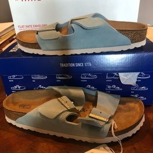 Birkenstock Arizona light blue 9 medium new